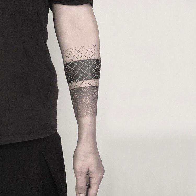 常先生小臂几何图形臂环纹身图案